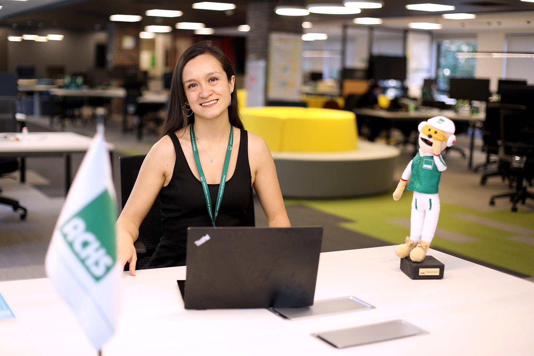 Carola Grandón – Mejor Alumna Magíster en Gestión de Personas y Dinámica Organizacional FEN UCHILE (5) web
